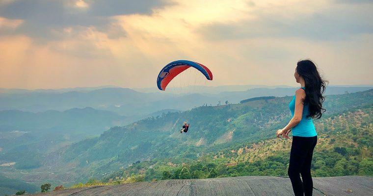 Trải nghiệm dù lượn với Flydateh – Review