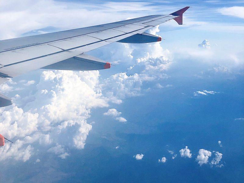 Ưu đãi 100k cho khách hàng đặt vé máy bay trên Traveloka